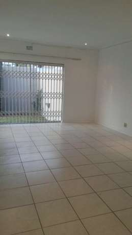 spacious 3 bedroomed house in Norwood Sandton - image 3