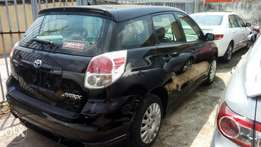 Super clean TOYOTA MATRIX 2006 model accident free Lagos cleared