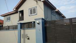 Exc 3 Bedroom House In West Hills Mall