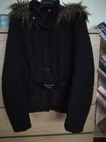Krótka Kurtka taliowana czarna przejściowa wiosenna 34 xs