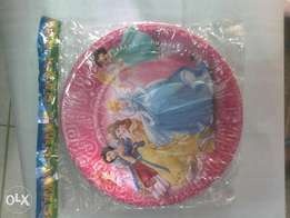 Character paper plate