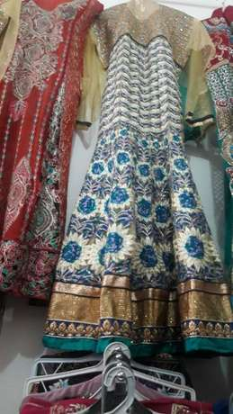 Indian pakistani suits bedshèets wedding heavy stones suits Makadara - image 7