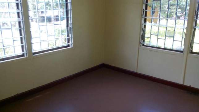 Kisumu millimani estate 3 bedroom office for rent / lease Kisumu CBD - image 3