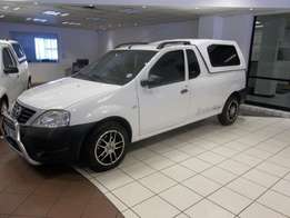 2014 Nissan NP200 1.6 A/C Safety Pack