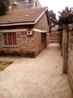 Donholm,commercial 3br m/ensuite big plot fit to redevelop flats