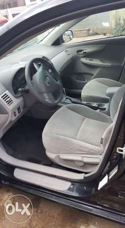 Toyota Corolla 2009 Model Very Clean Perfectly Condition Lagos Clear Ikeja - image 3
