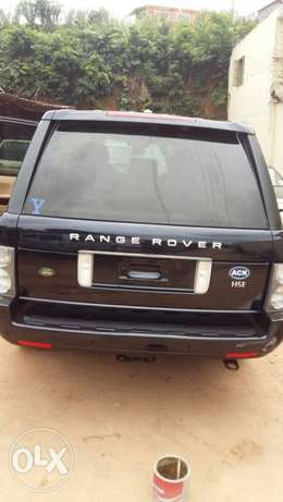 This is a very clean Range Rover 2009 year Ikeja - image 5