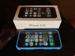 Iphone 5S 64 Gig (Mint Condition) to swap