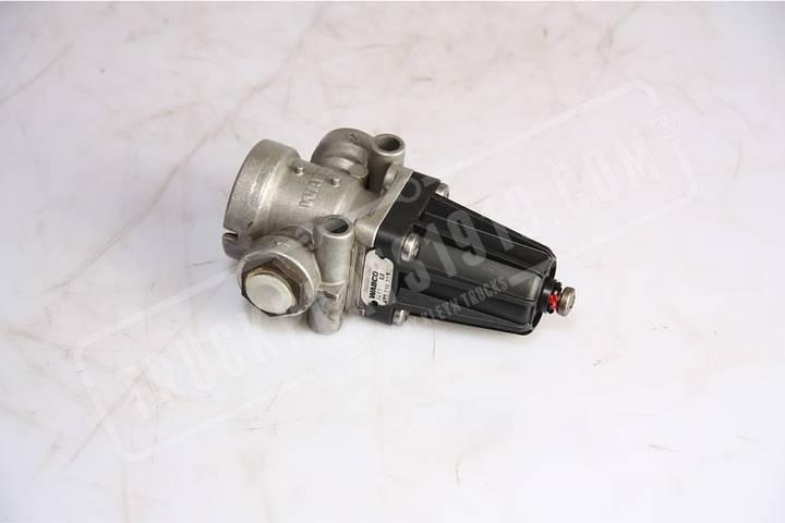 Wabco pneumatic valve for MAN TGL truck