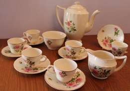 15 Piece Vintage Swinnertons Staffordshire Luxor Vellum Tea Set reg no