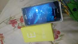 Original Samsung E7 used it for one week still new