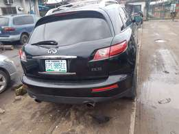 Neatly used 2010 Infiniti FX 35 in excellent condition