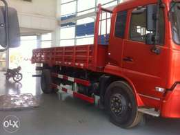 Low bed truck