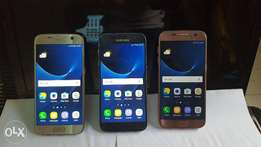 Samsung Galaxy S7 (3000mAh) with Charger