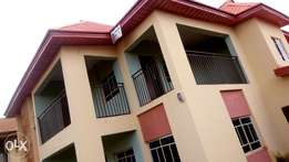 5 bedroom duplex with 2 rooms BQ at trans ekulu