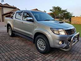 Toyota Hilux Legend 45 Double Cab 2x4 Manual