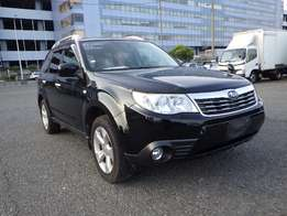 Subaru forester sunroof 2010 model black colour excellent condition