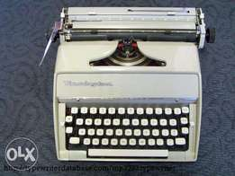 Vintage remington fleetwing manual typewriter