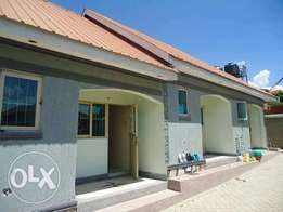 Elegant single bedroom house in kyaliwajjara mbalwa at 350k