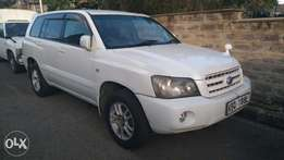 Toyota Kluger in mint condition
