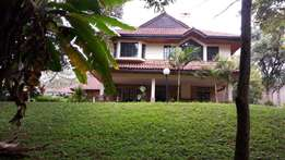 Spacious 5 bedroom house to let in Runda