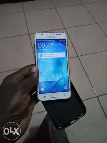 2016 SAMSUNG J5 with 2gb ram 16mp camera dual sim Benin City - image 1