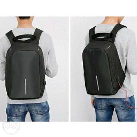 Anti Theft backpack, شنطه ظهر ممتازه Dhahran - image 2
