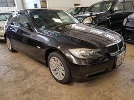 Bmw 320 i 2008 model accident free.
