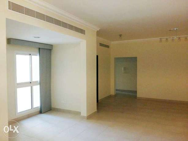 Modern 2 Bed in Riffa / Balcony, Pool, Gym