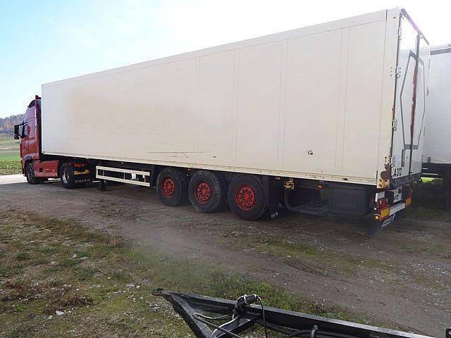 Schmitz Cargobull SK0 24 Kasten - 2006