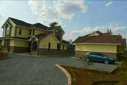6 brs with 2 brs SQ all en,suite house for sale at kahawa sukari