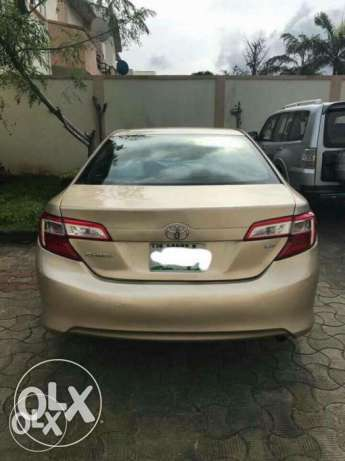 Nigerian used Toyota Camry 2013 leather with full option Isolo - image 7