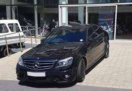 2011 Mercedes Benz C63 AMG (Black)