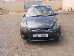 Ford figo 1.6 2011 model 85000km grey in color R68000