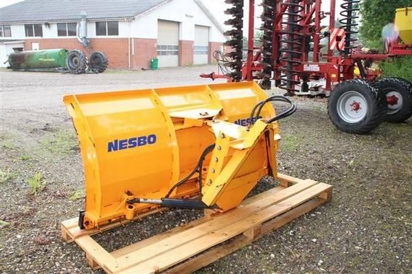 Nesbonesbo Ps-2200 - 2004