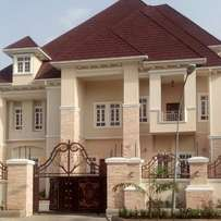 Newly built 9bedrm mansion with lift,swimming pool,gem, in Maitama