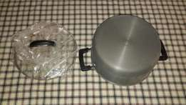 Imported Non Sticking Cooking Pot.