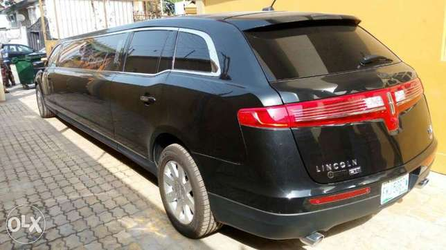 Rent all kind of cars, SUV, limo, and many more Lagos Island East - image 8