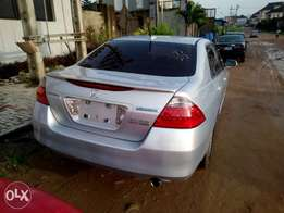 2007 Honda Accord Hybrid Edition in PERFECT shape
