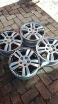 15 inch Chev Sonic mags almost new