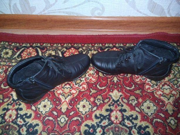Ботінки жіночі 36р  500 грн. - Жіноче взуття Нетішин на Olx 35315a95cd00d