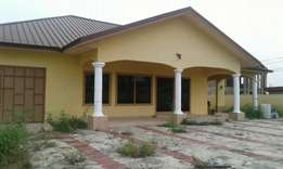 Newly built 4 Bedroom Hse For rent in Spintex