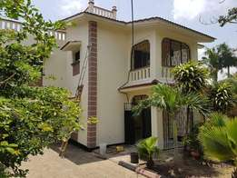 BEAUTEOUS 3 bedroom Mansion for rental in NYAli off links road