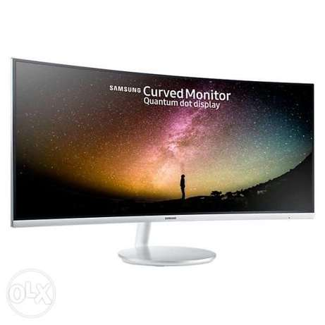 Samsung 34 inch Full HD Curved Monitor with Quantum Dot Technology - S