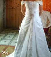 white wedsing dress for sale
