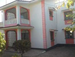 OUTSTANDING 4 bedroom Mansion on own compound