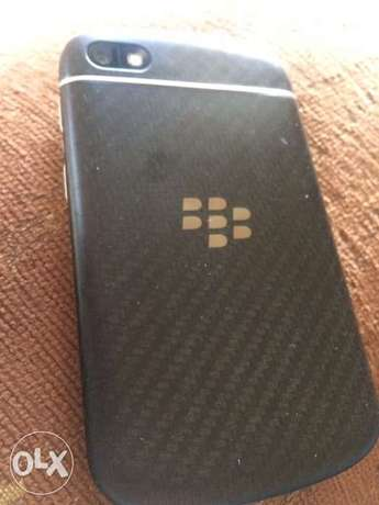 Blackberry Q10 16gb خلدة -  1