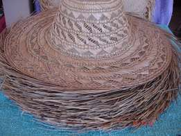 3.Beach comber straw hats for all seasons