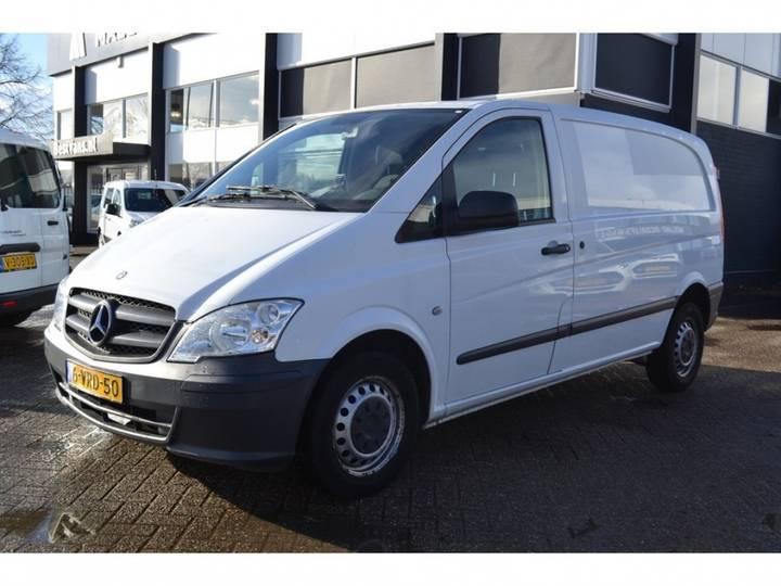 Mercedes-Benz Vito 113 Cdi - Automaat - Airco - Trekhaak _ 8.900,- Ex. - 2011