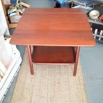 Mid-century drinks table: beautiful condition, drop-leaf